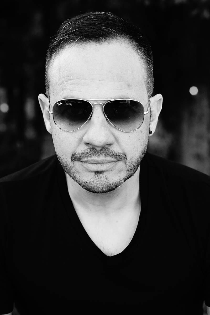 Paco Del Pozo – Black & White
